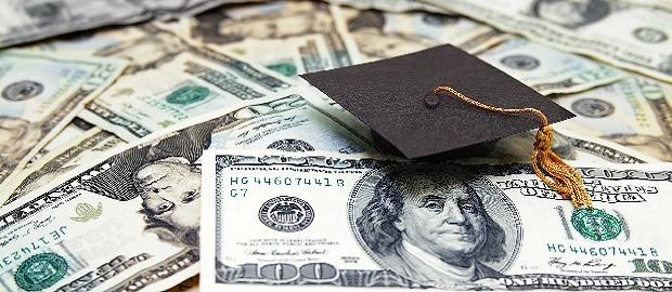 Descubra como bancar sua pós graduação no exterior