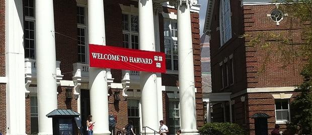 placa welcome to harvard