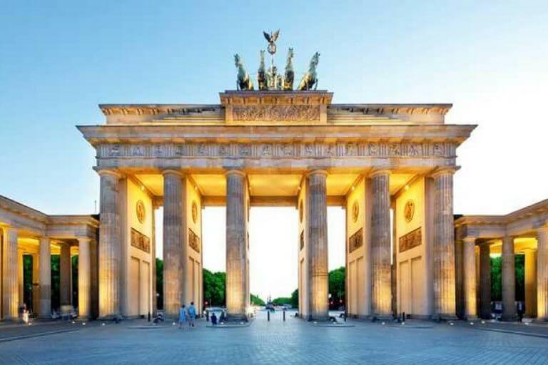 Alemanha oferece bolsas de estudo para 'jovens lideranças'
