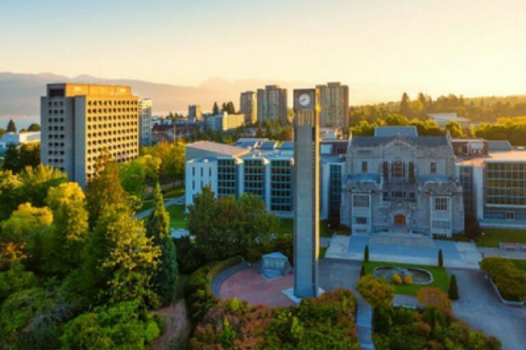 Universidade canadense oferece bolsas de graduação