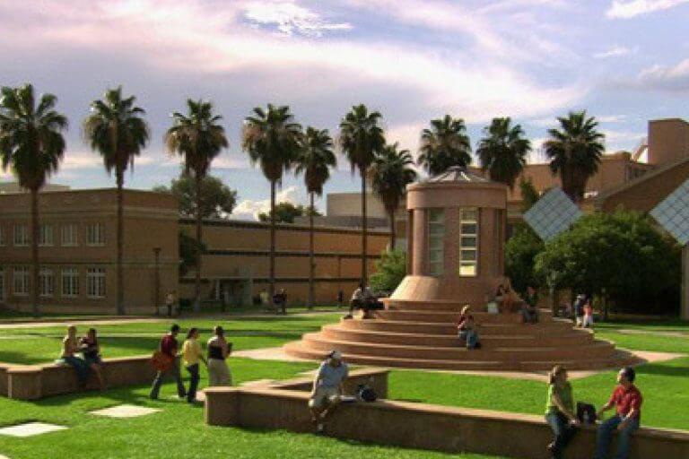 Universidade oferece MBA de graça nos Estados Unidos
