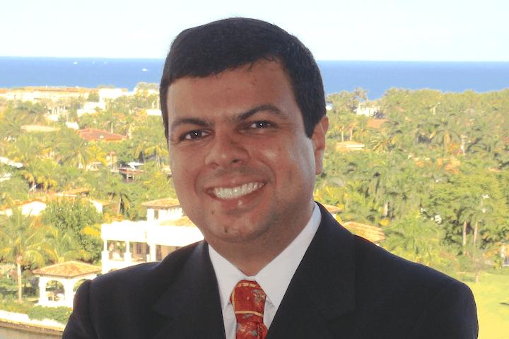 Alinio Azevedo, brasileiro que gerencia os hotéis Loews