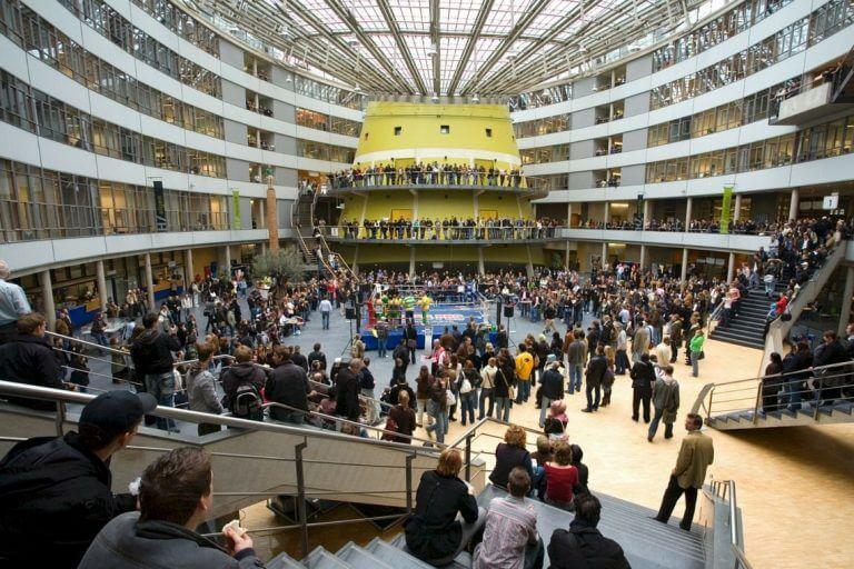 """Universidade holandesa concede bolsas de mestrado a """"cidadãos globais"""""""